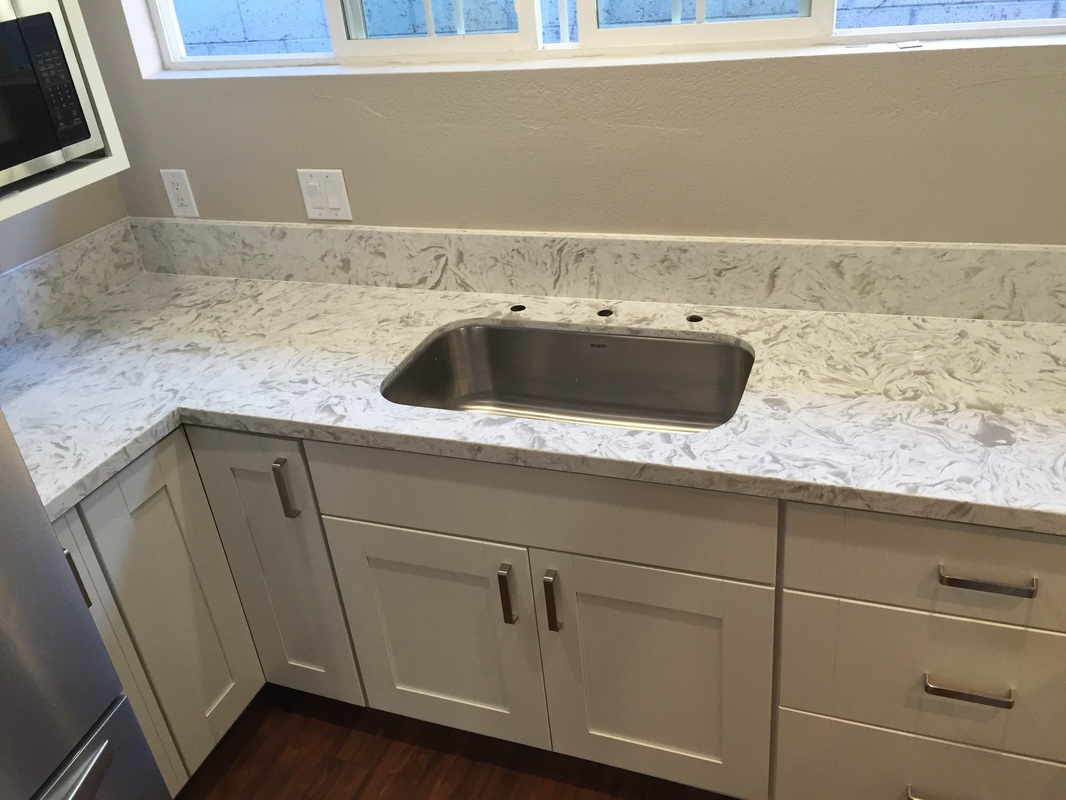 Kitchen White Shaker Cabinets Quartz Countertop In Los