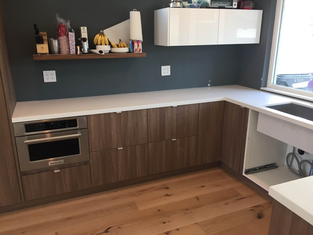 European style kitchen cabinets supper white quartz for Kitchen cabinets 90808